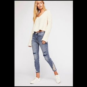 FREE PEOPLE ABOUT A GIRL HIGH RISE DISTRESSED JEAN
